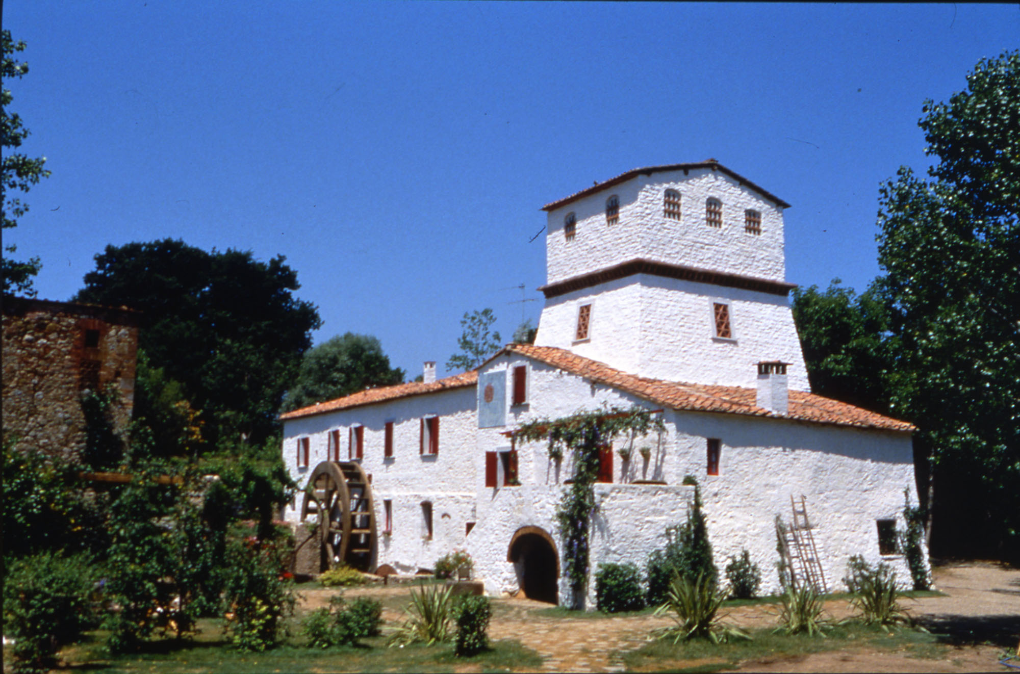 Chiusdino Mill as appears in  Mulino Bianco advertisings between 1990 and 1994