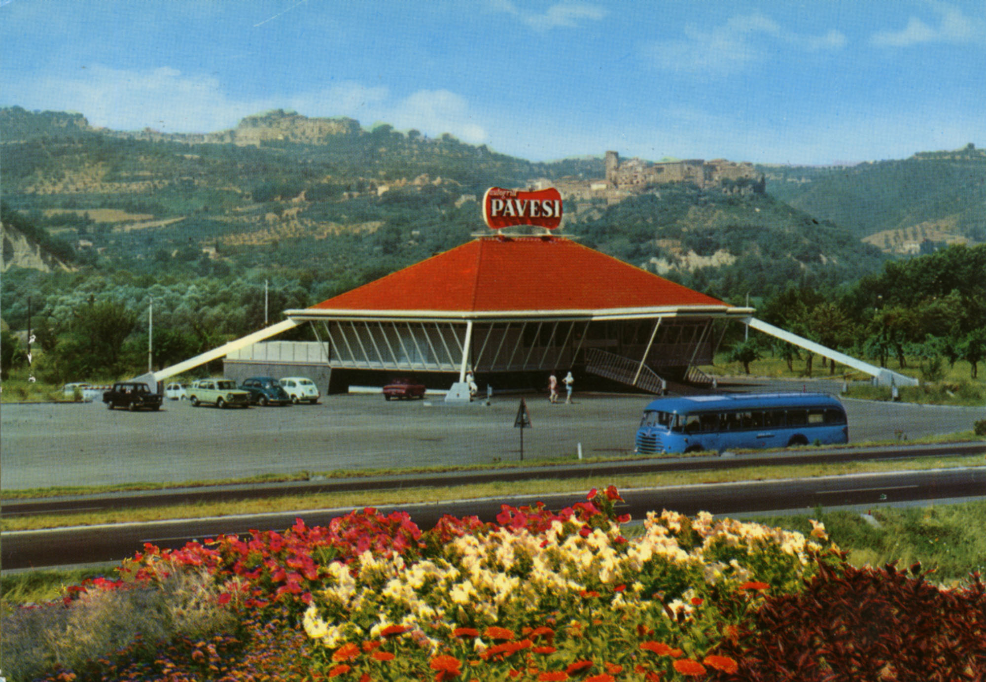 Pavesi Service Station postcard - Giove