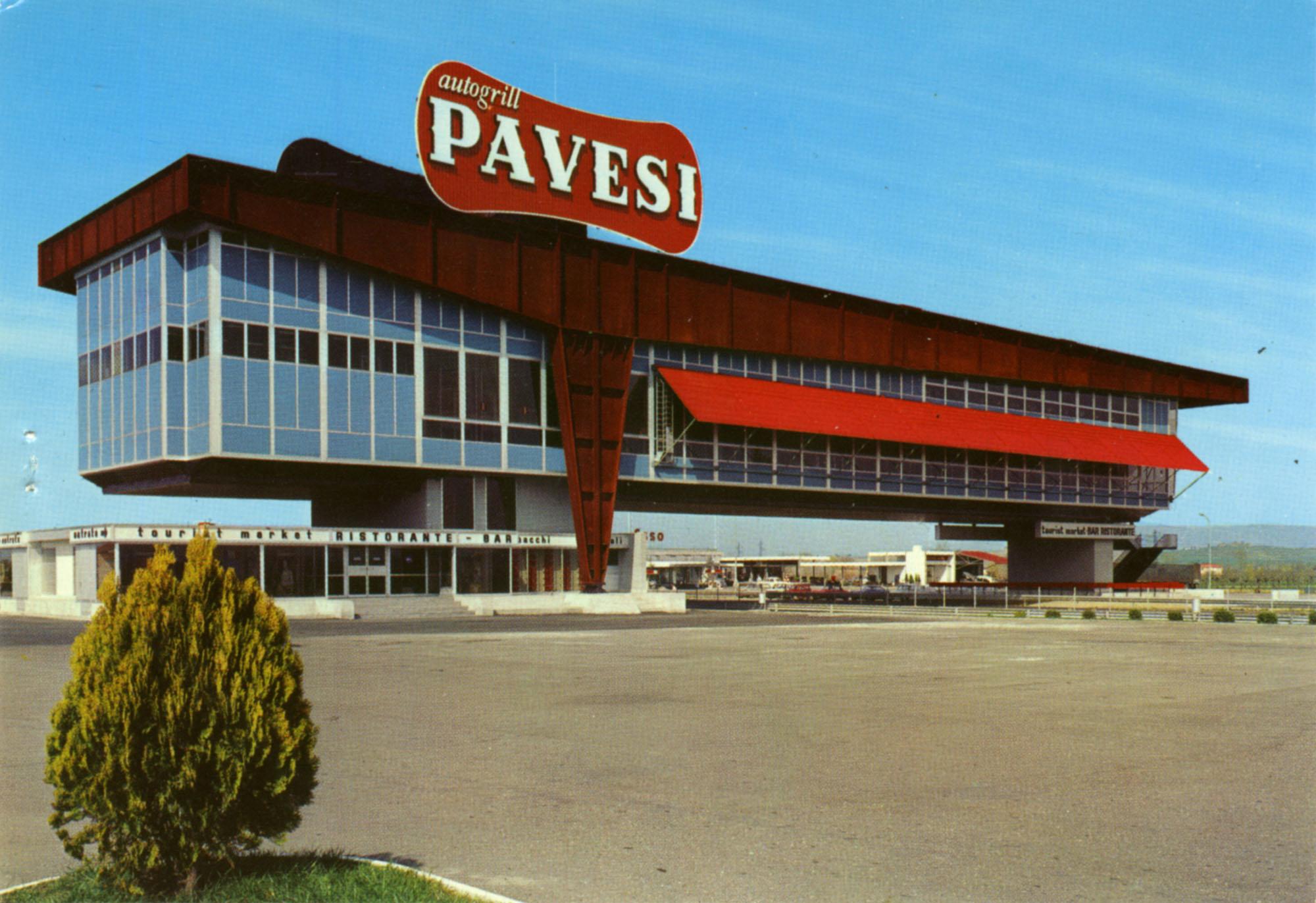 Pavesi Service Station postcard - Montepulciano