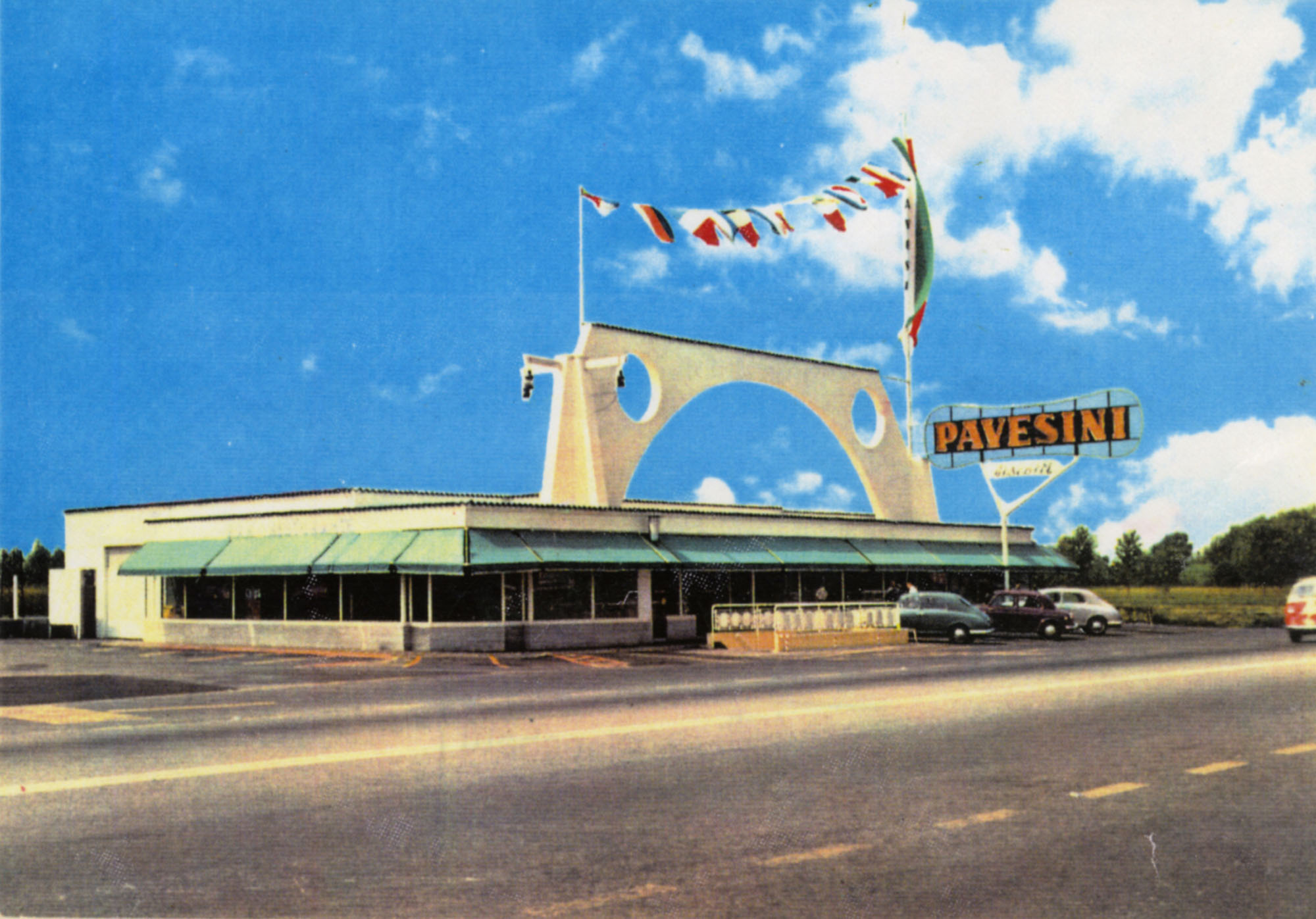 Pavesi Service Station postcard - Novara