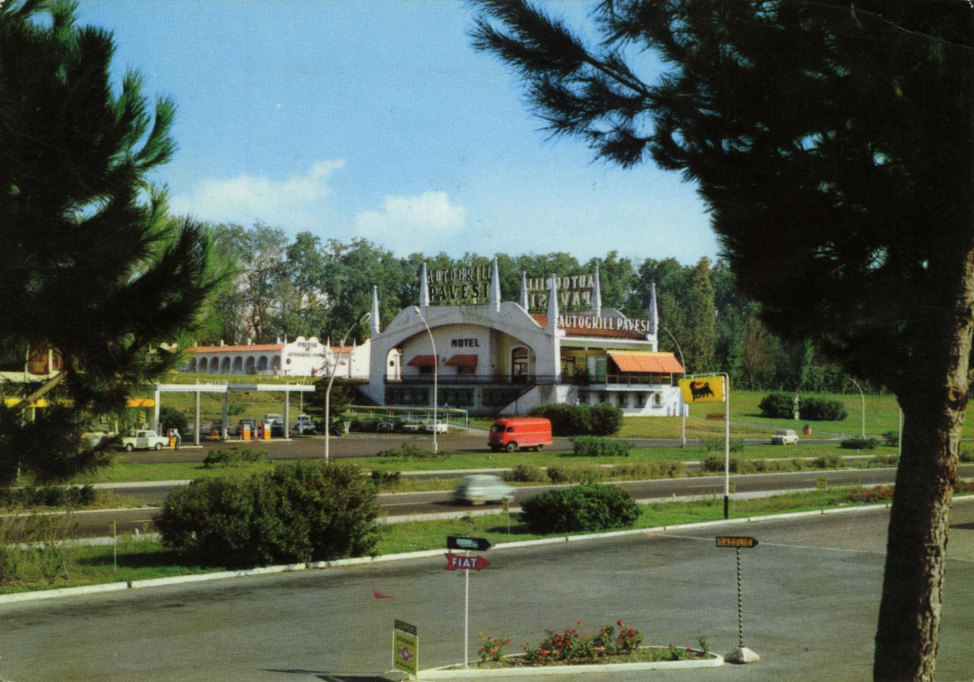 Pavesi Service Station postcard - San Nicola - Caserta