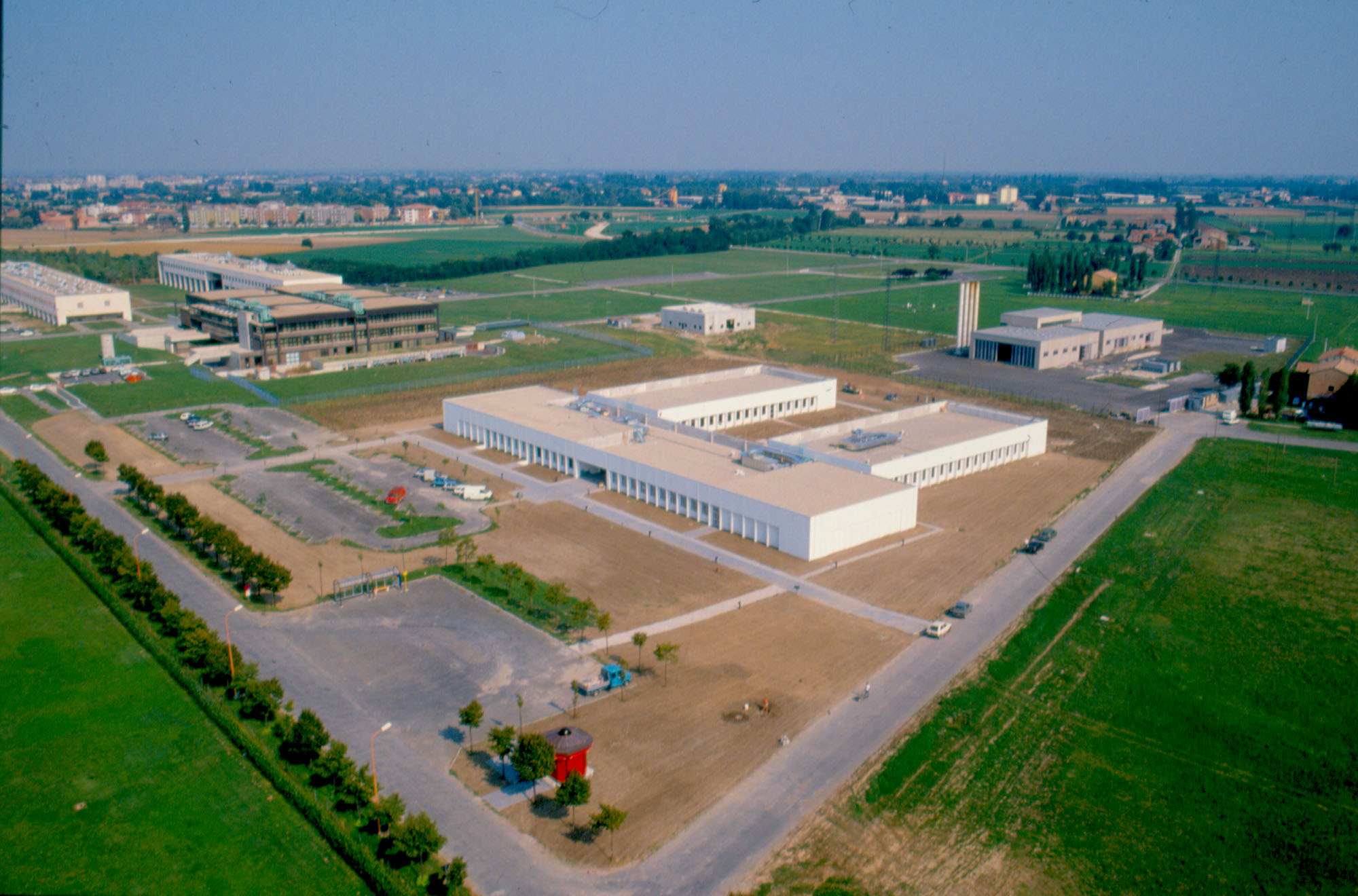 1987 - Barilla donates the headquarters of  Engineering Department to the University of Parma