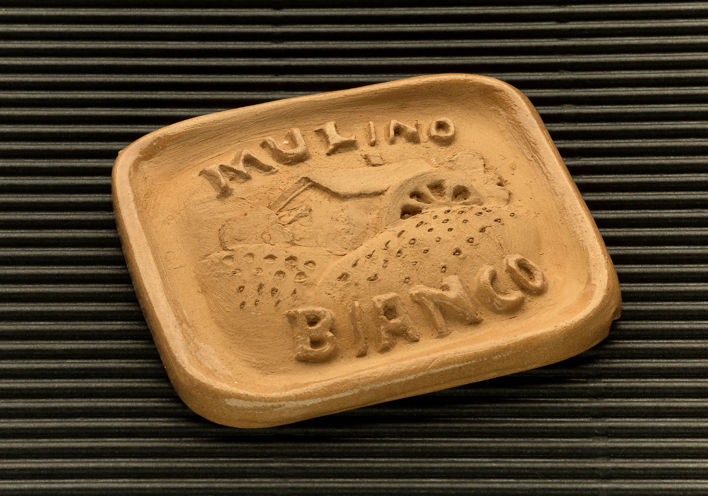 Three dimensional terracotta shapes of Mulino Bianco biscuits - 05