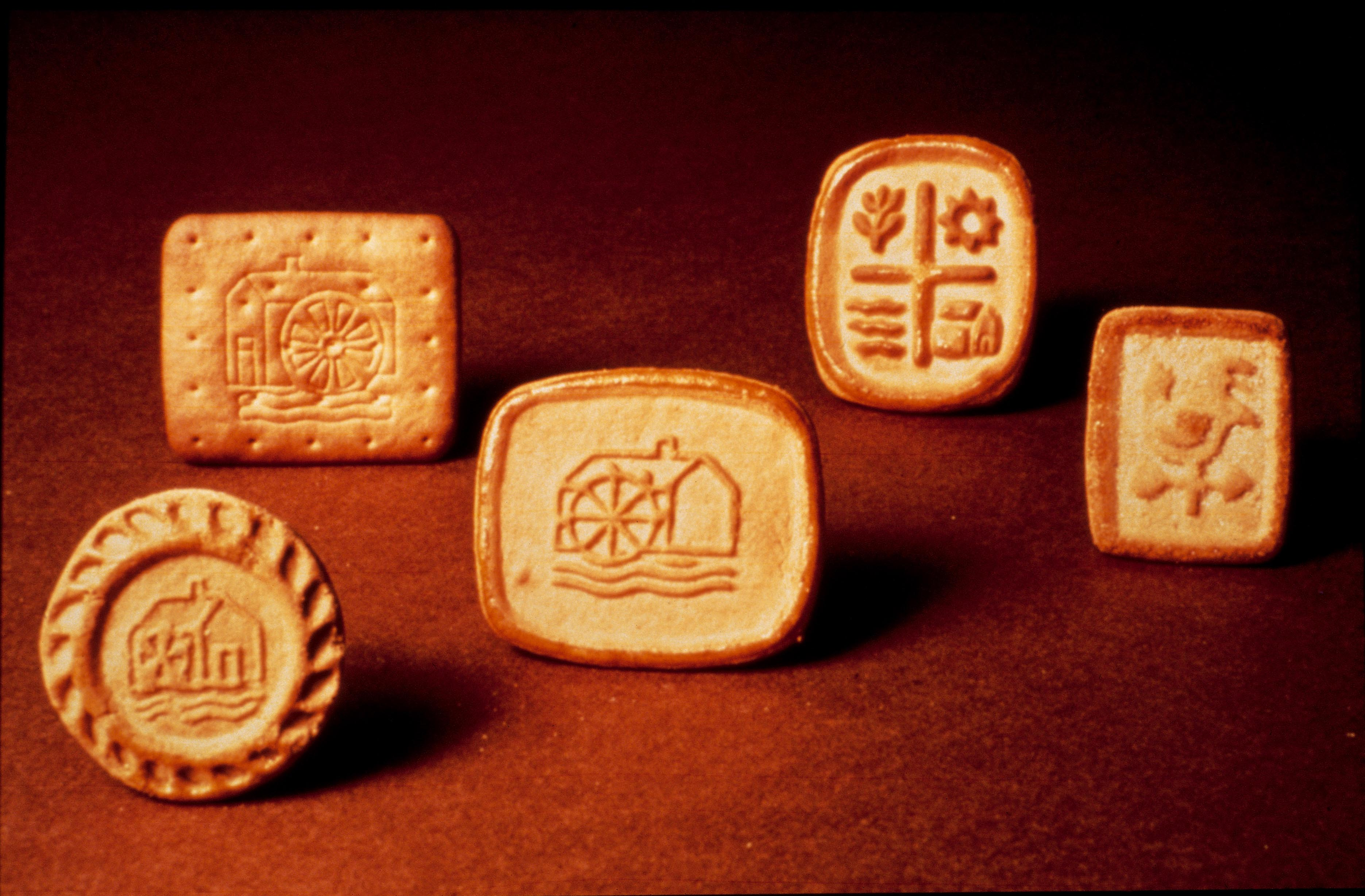 The first five biscuits of the Mulino Bianco range launched in 1976 - 01